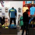 ملابس مقاومة كورونا تغرم شركة عالمية 28 ألف دولار
