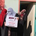 الجمعية الإسلامية في مخيم جباليا توزع طروداً غذائية لـ 112 اسرة فقيرة