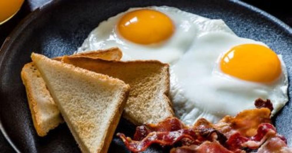 هل تعانى من النسيان.. لديك 3 أطعمة تحارب فقدان الذاكرة