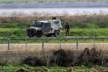 الاحتلال يستهدف المزارعين بالرصاص الحي شرق المحافظة الوسطى