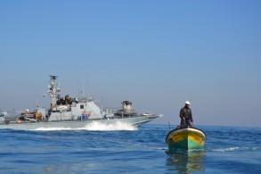 بحرية الاحتلال تستهدف صيادي رفح