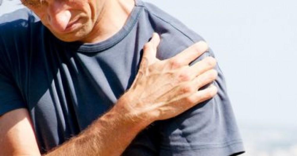 تمارين التمدد.. أفضل طريقة لعلاج ألم الكتف