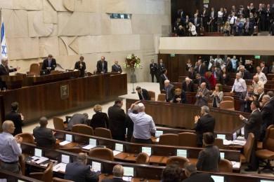 أردان يطالب بالتحقيق مع النواب العرب بتهمة التحريض