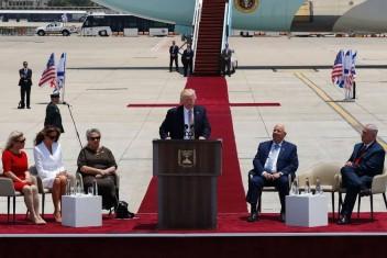 ريفلين يطلب من ترامب التدخل للكشف عن مصير الجنود المفقودين