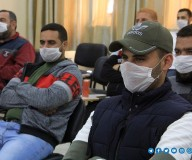توزيع قسائم منحة مساعدات مربي الدواجن من قبل لجنة المتابعة الحكومية بغزة... تصوير | مدحت حجاج