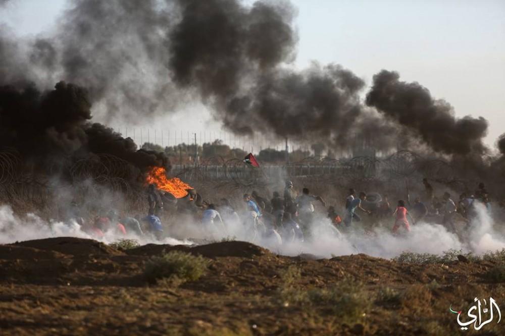 مواجهات مع الاحتلال على حدود القطاع - تصوير/ عطية درويش