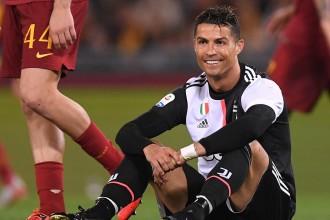 رونالدو يفوز بلقب أفضل لاعب بالدوري الإيطالي