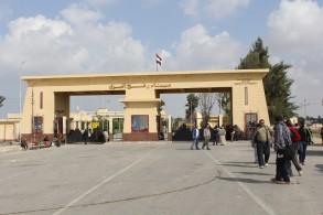 فتح معبر رفح الثلاثاء والأربعاء للعالقين بالجانب بالمصري