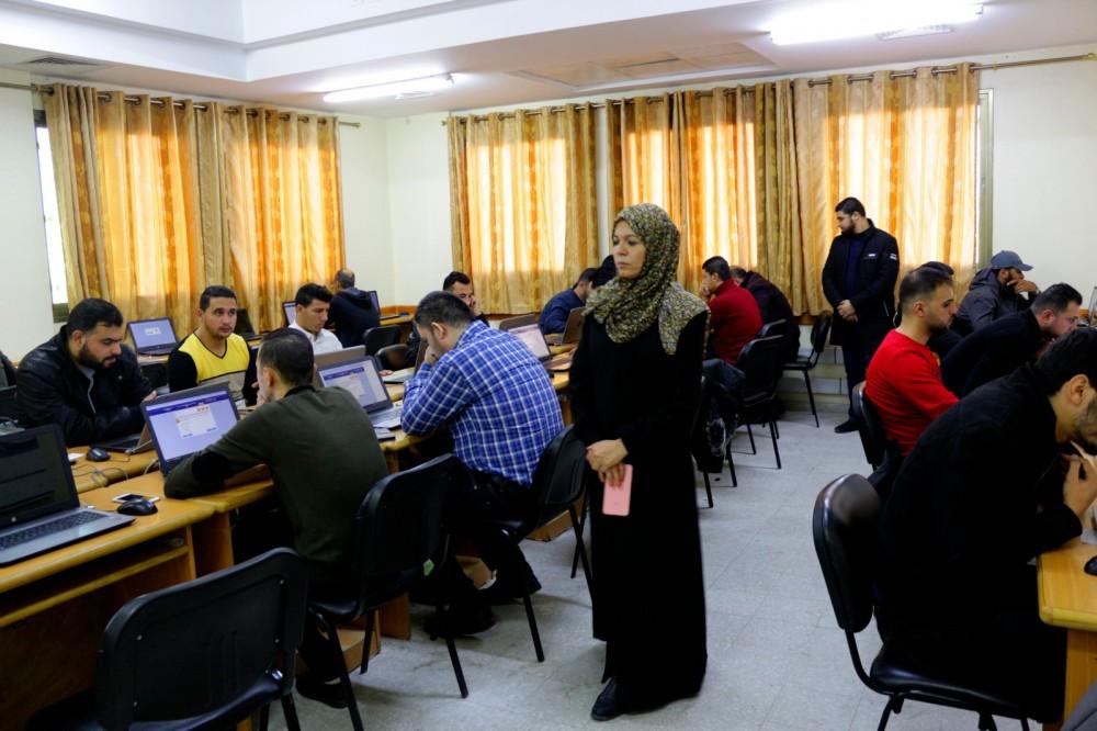 ديوان الموظفين يعقد الاختبارات الالكترونية لجملة من الوظائف