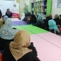 خدمات الطفولة تنظم مُحاضر للنساء عن مخاطر الإنترنت