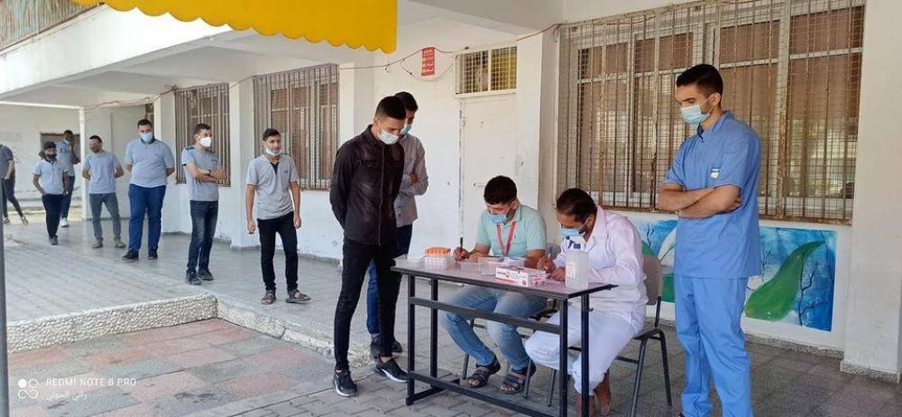 مدارس تعليم الوسطى تستقبل وحدة مكافحة الأوبئة التابع للصحة