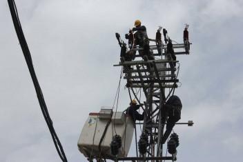 شركة الكهرباء: تعطل مفاجئ لخط جباليا المغذي للشمال