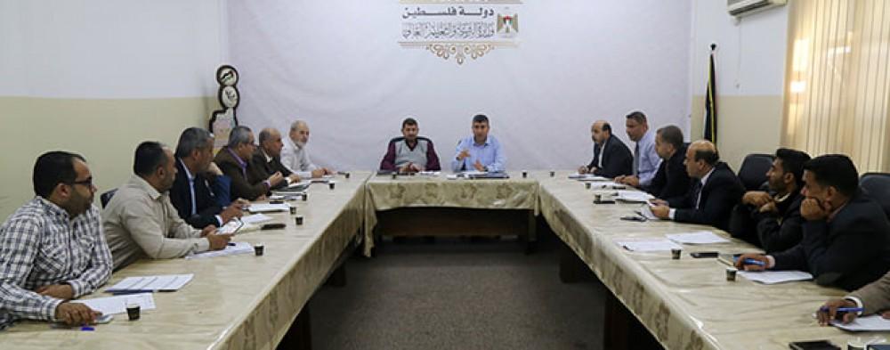 لجنة الطواري بوزارة التعليم تناقش خططها التنفيذية وتقيم العمل خلال العدوان