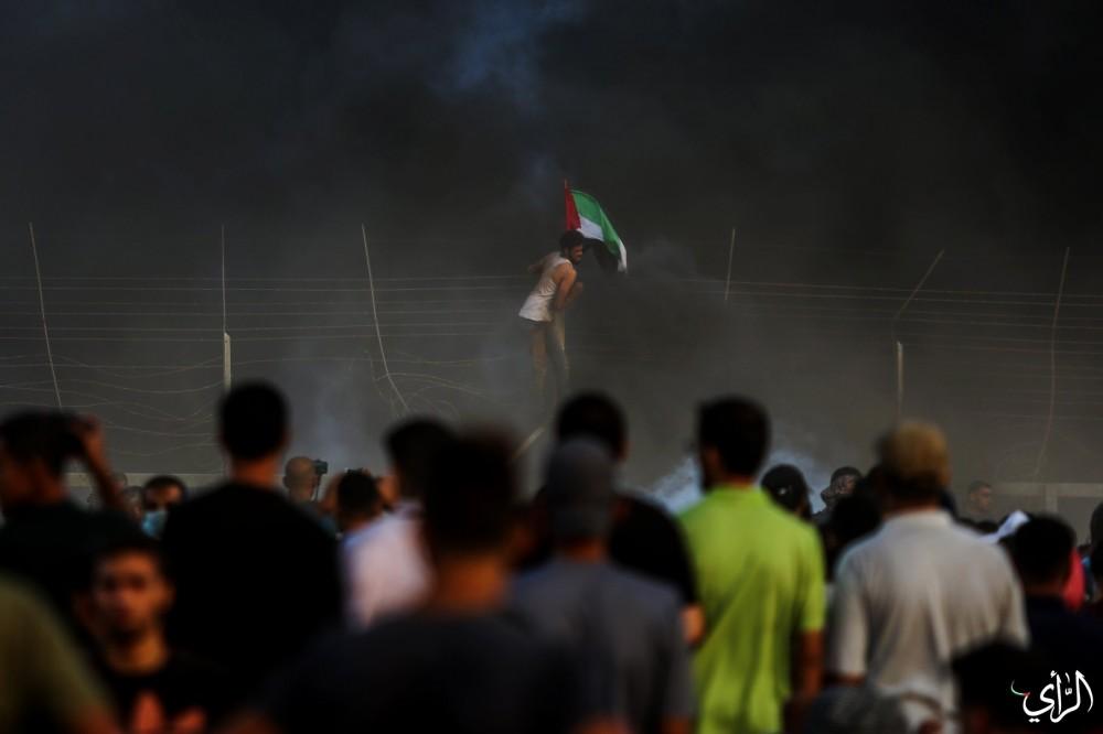 الشبان الثائرون على حدود غزة