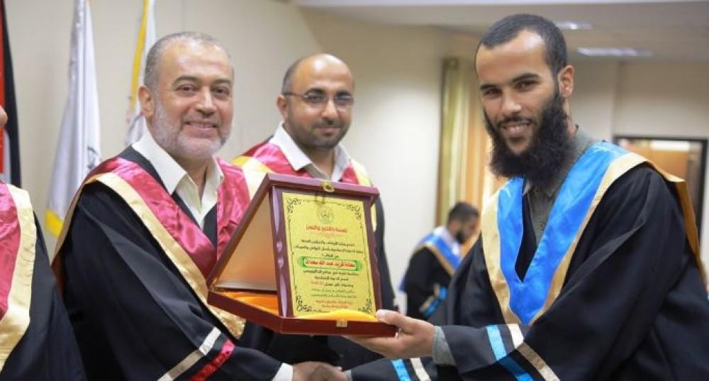 كلية الدعوة الاسلامية  تحتفل بتخريج