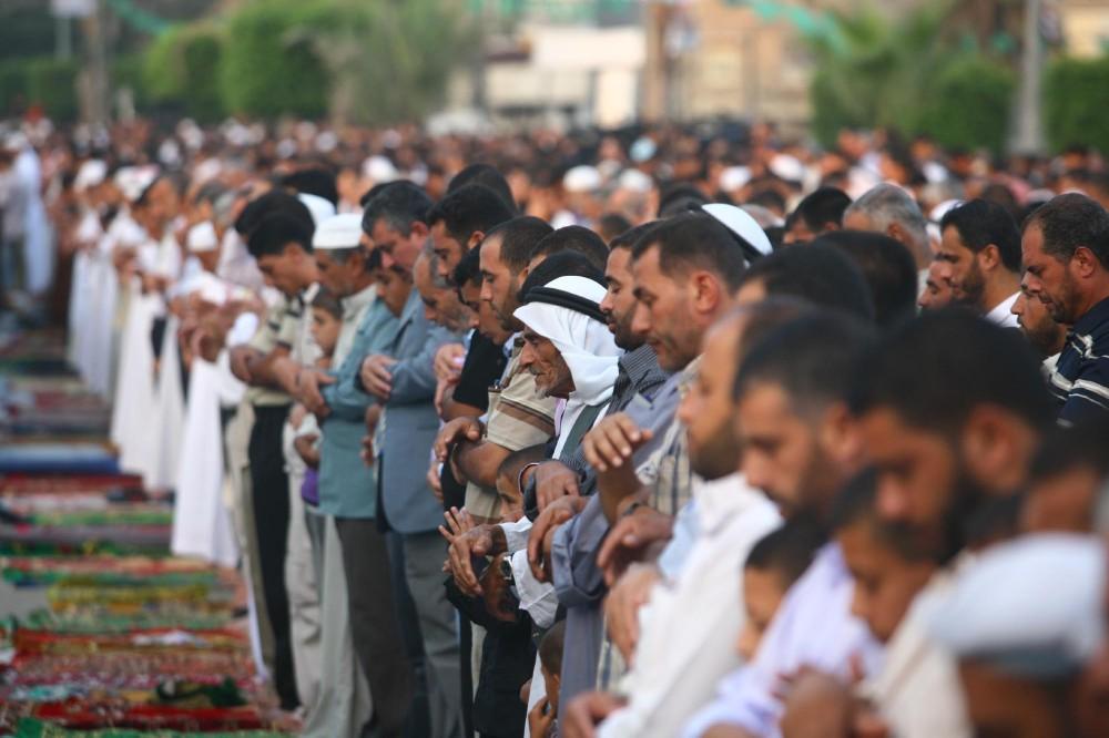 أهالي غزة يحيون عيد الفطر بمشاعر مختلطة