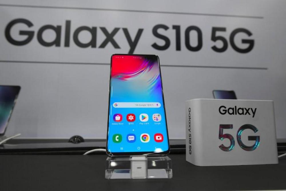 سامسونغ تطلق أول هاتف لها يعمل بتقنية الجيل الخامس