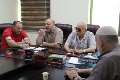 بلدية جباليا النزلة تناقش سبل الخروج من الأزمة المالية مع لجان الأحياء