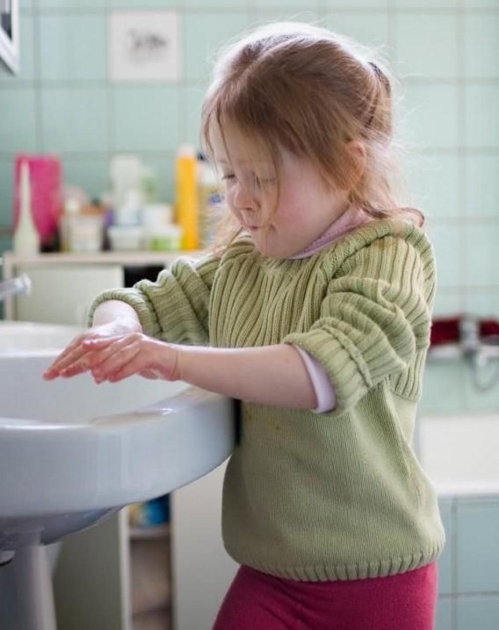 أعراض الوسواس القهرى للاطفال تشمل أفكار وسلوكيات متكررة