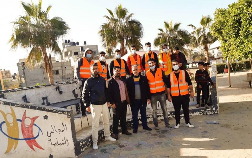 بلدية خان يونس: تنفيذ مبادرة مجتمعية لتعقيم شوارع ومرافق المدينة