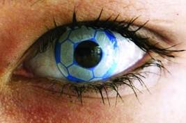 """العدسات اللاصقة التنكرية """"قد تسبب فقدان البصر"""""""