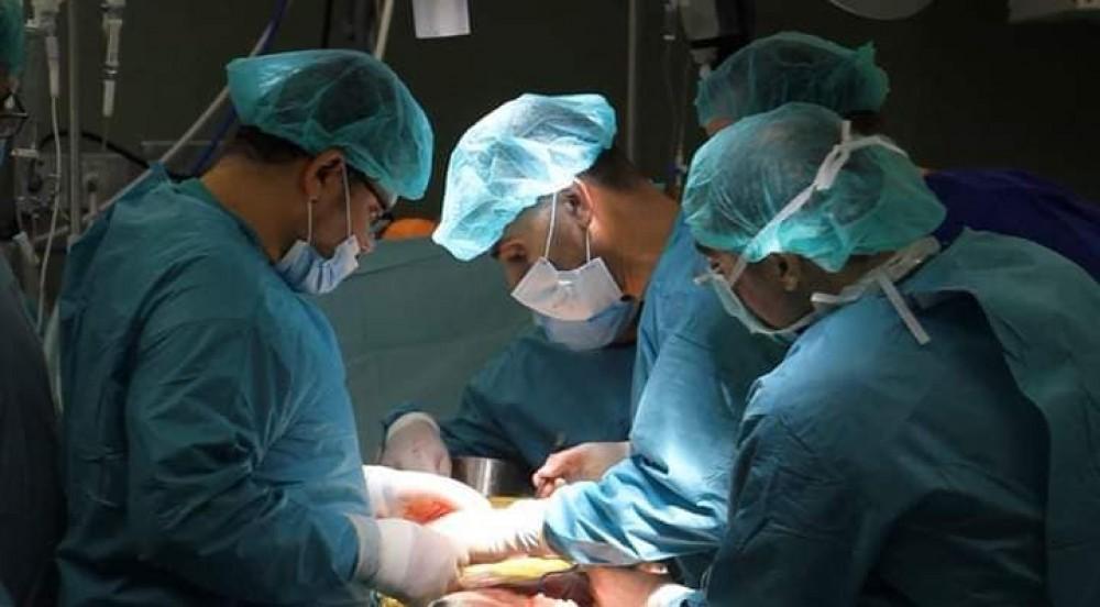 الوفد الطبى الاردنى البريطانى  يجري عدة عمليات جراحية كبرى