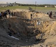 آثار جريمة الاحتلال بحق عائلة السواركة بدير البلح التي أسفرت عن استشهاد 8 منهم/تصوير: عطية درويش