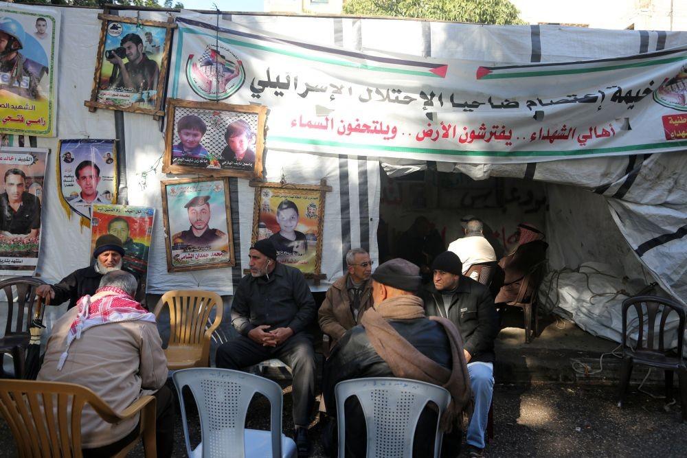 جانب من اعتصام أهالي الشهداء