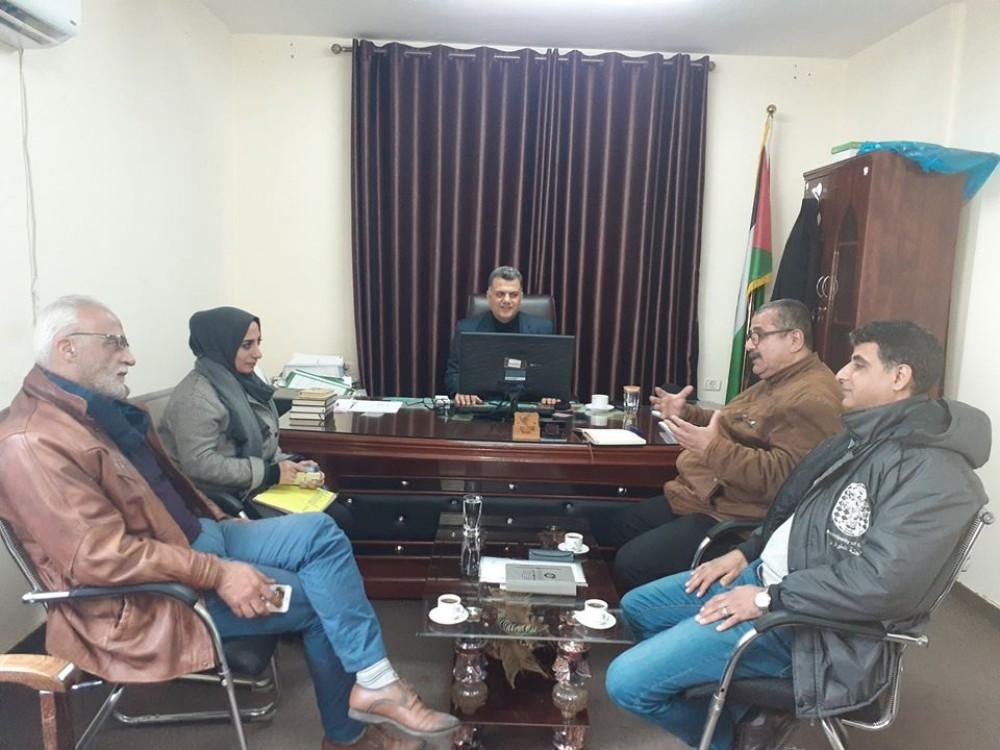 بلدية غزة تبحث مع شركة  الكهرباء  مشروع  الطاقة الشمسية في بركة الشيخ رضوان