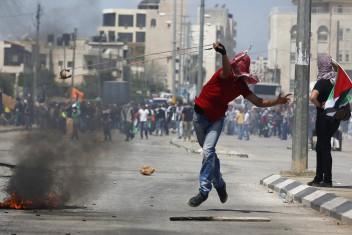 شهيد بعد اقتحام الاحتلال مخيم شعفاط في القدس