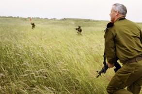 """غانتس: حزب الله يدرك ثمن أي حرب مع """"إسرائيل"""""""