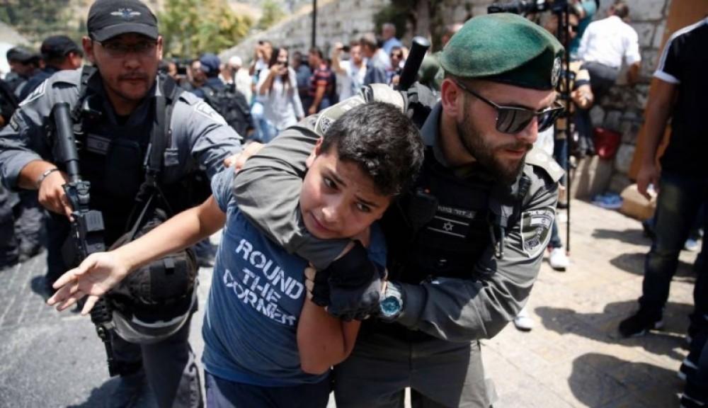 وزارة الأسرى: 220 طفل علقت أحلامهم على الجدران