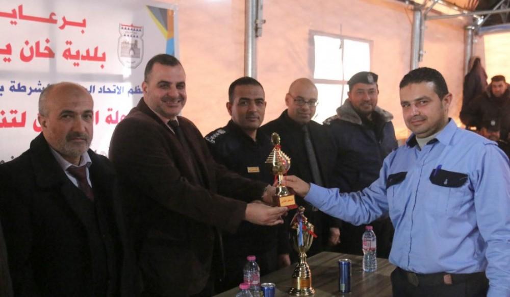الاتحاد الرياضي لشرطة خان يونس يختتم بطولة تنس الطاولة