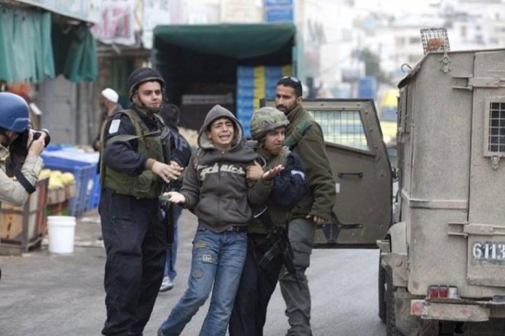 اعتقال قوات الاحتلال للأطفال
