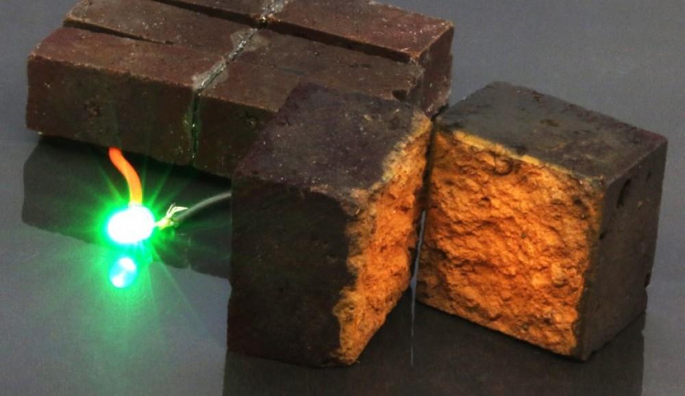 توليد الكهرباء.. علماء يكتشفون قدرات خارقة للطوب الأحمر