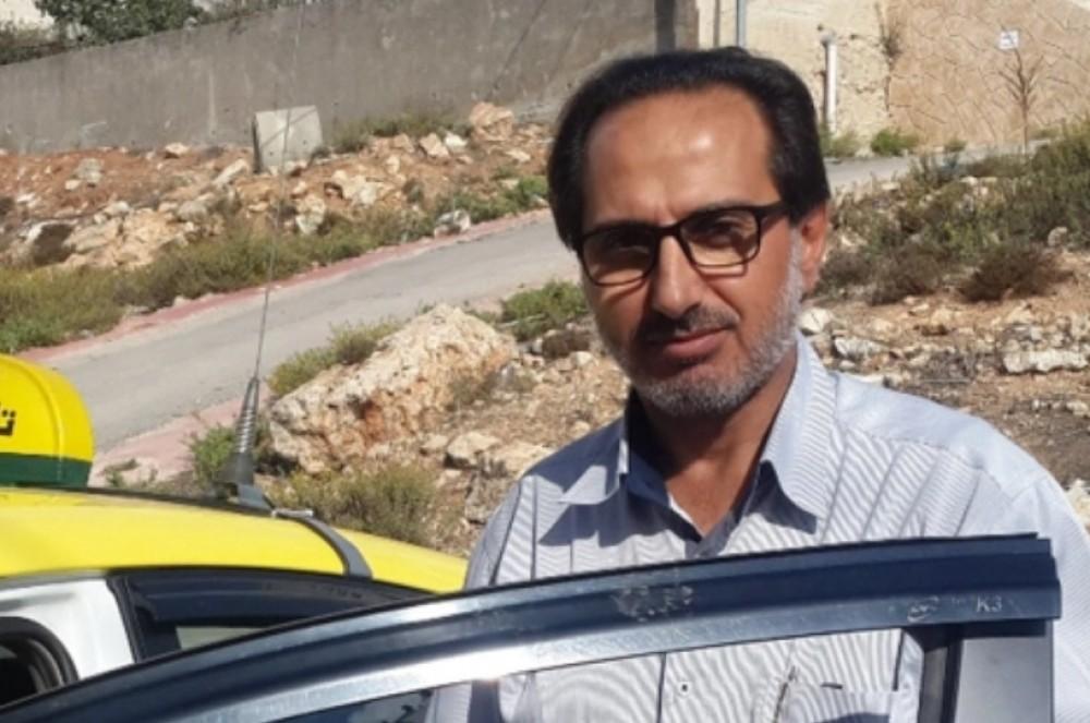 التشريعي يندد بمداهمة الاحتلال لبيت النائب فقهاء واحتجازه لساعات