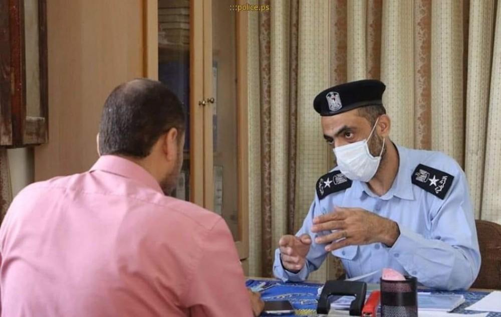 شرطة خان يونس تُنهي ثلاثة خلافات مالية بقيمة 19 ألف شيكل