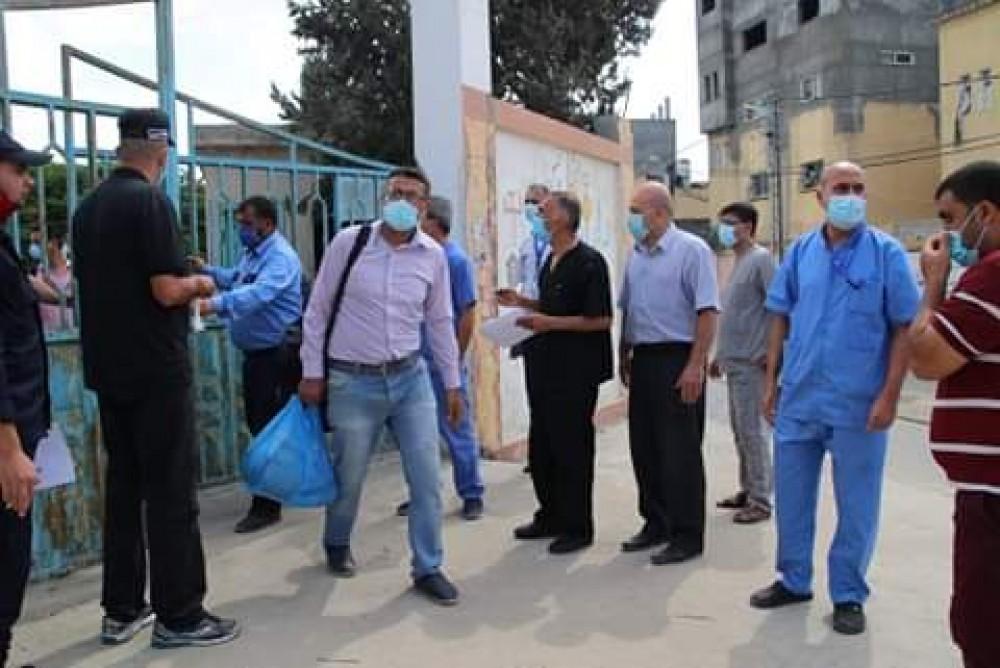 المجموعة الثانية من طواقم مستشفى الأوروبي تنهي فترة عملها بكفاءة في مراكز الحجر