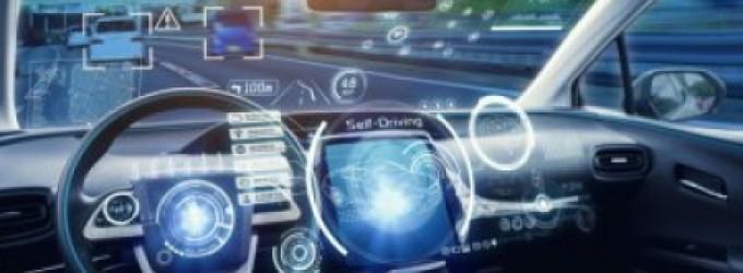 خلال فعاليات معرض فرانكفورت للسيارات (IAA)، أعلنت شركة مايكروسوفت التعاون مع شركاء جدد لـتطوير منصتها للسيارات الذكية Microsoft Connected Vehicle Platform (MCVP)، كما أعلنت أيضًا عن برنامج Microsoft for Startups: Autonomous Driving للقيادة الذاتية.      و