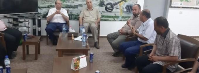الزراعة تلتقي عددا من صيادي غزة وتستمع لمطالبهم