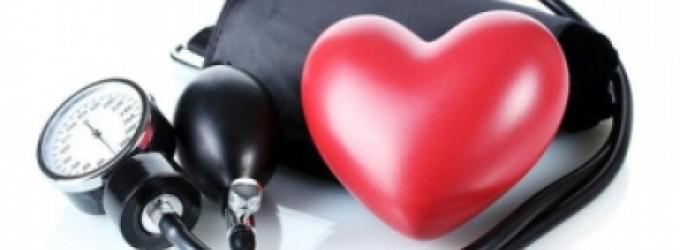 قلة النوم والضغط النفسى.. عوامل تزيد من فرص الإصابة بأمراض القلب اعرفها