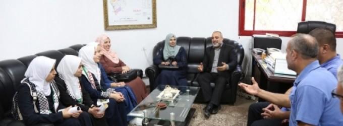 وزارة الأسرى تستقبل وفداً طلابياً من مدرسة عوني الحرثاني الثانوية
