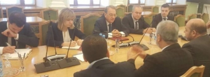 وفد من حماس برئاسة أبو مرزوق يلتقي بوغدانوف في موسكو