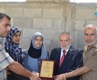 التشريعي يكرم المتفوقين في التوجيهي بالوسطي - تصوير / محمد يونس