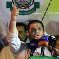 د. صلاح البردويل خلال مشاركته في المسيرة