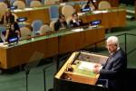 عباس خلال إلقائه الخطاب