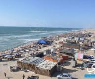 اصطياف المواطنون على بحر بيت لاهيا شمال القطاع/ تصوير عبد الحكيم أبو رياش