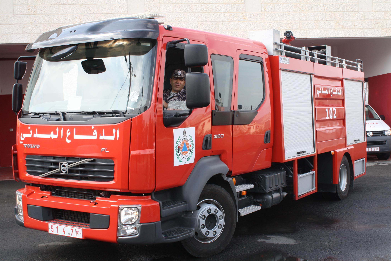 وكالة الرأي الفلسطينية منذ 18 عاما سيارات الإطفاء ممنوعة من