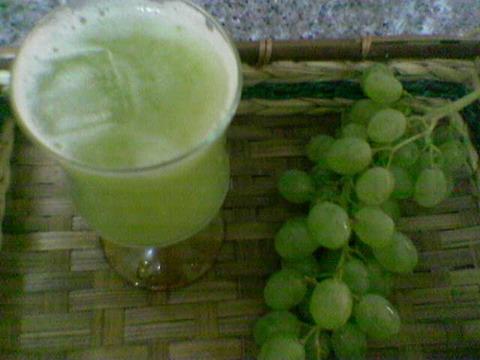 هل تعلم ان عصير العنب  يقوي من الرئتين و الجهاز التنفسي Minfo-13111008335113