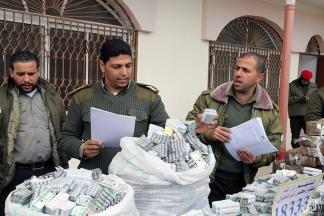 الداخلية تنظم مؤتمر صحفي لعرض ما ضبطته من مواد مخدرة - تصوير/ عطية درويش